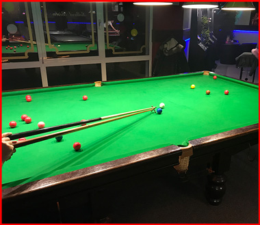 Snooker im Billard Bistro Limburg